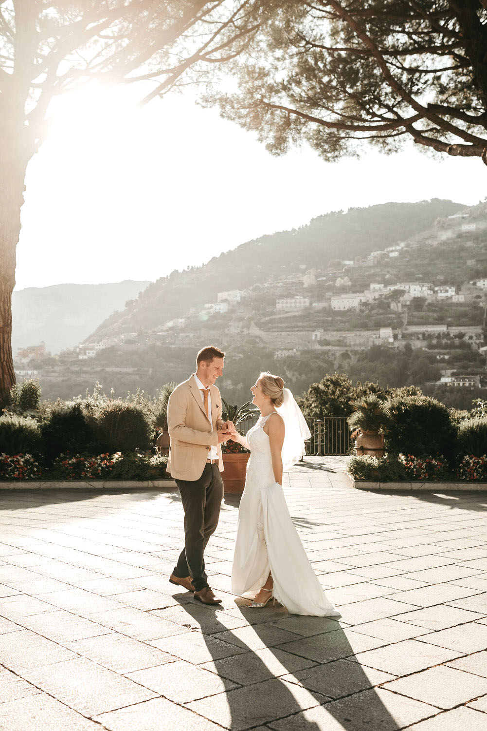 Wedding in Ravello taken by destination wedding photographer on the Amalfi Coast in Italy.